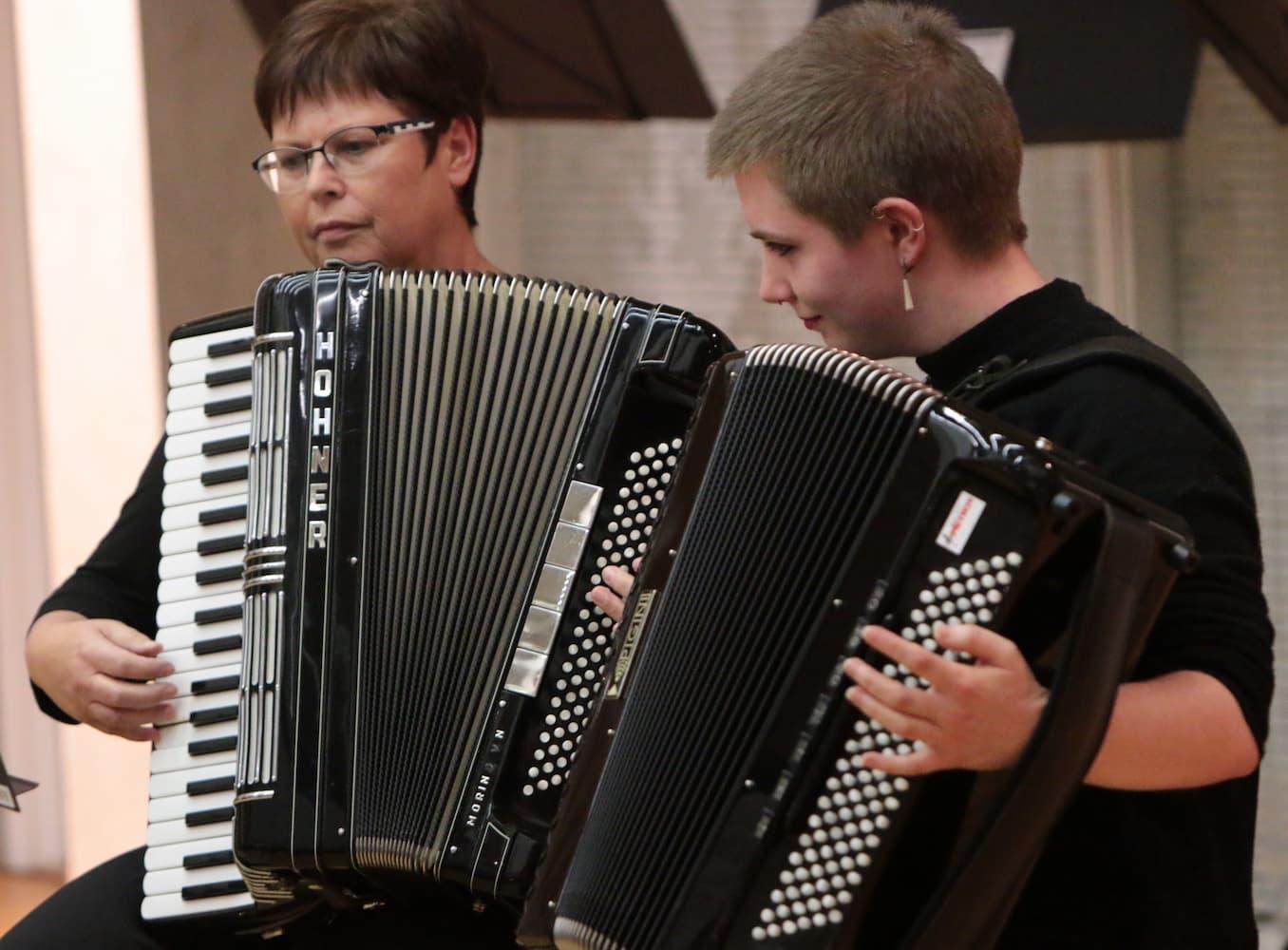 Schüler musizierten mit ihren Lehrern